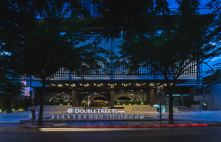 DOUBLE TREE BY HILTON HOTEL SUKHUMVIT BANGKOK